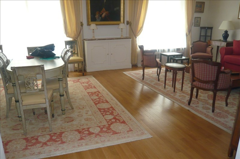 Location appartement Paris 16ème 2 700€ CC - Photo 9