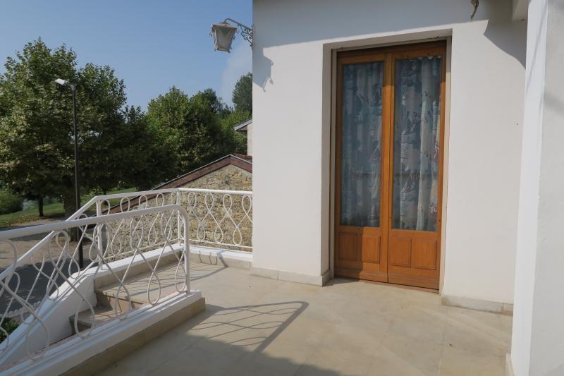 Sale house / villa Pont-d'ain 195000€ - Picture 2