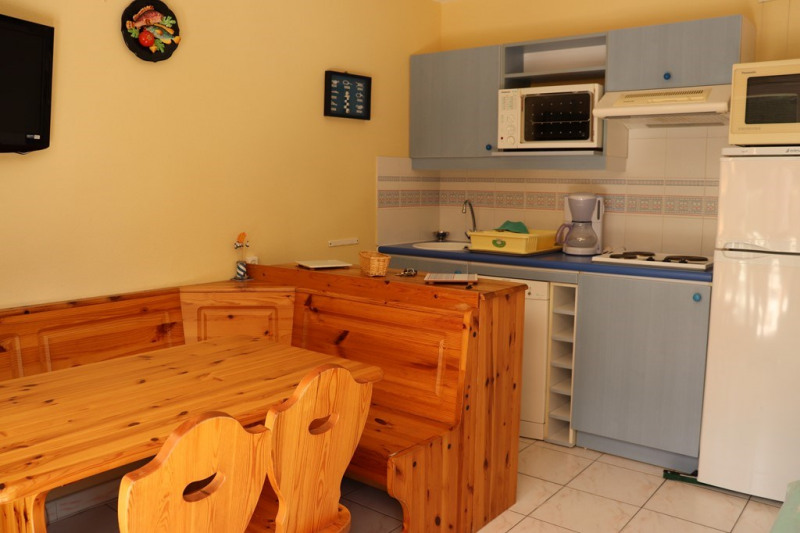 Vacation rental apartment Cavalaire sur mer 600€ - Picture 4