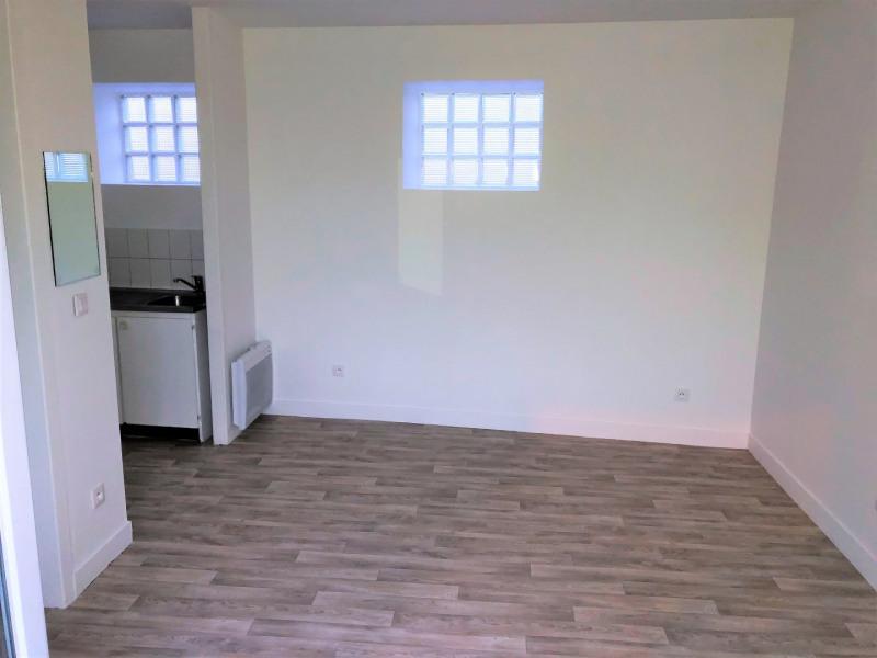 Location appartement Pierrelaye 502€ CC - Photo 3