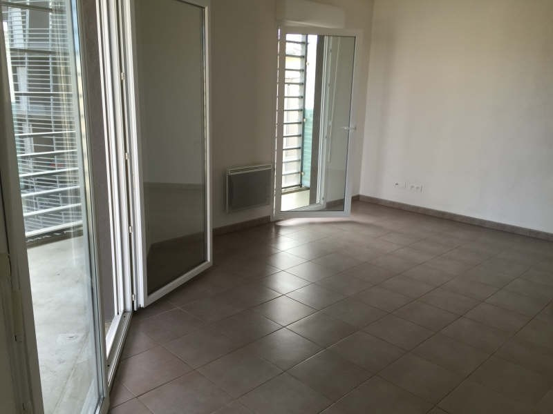 Location appartement Sete 503€ CC - Photo 2
