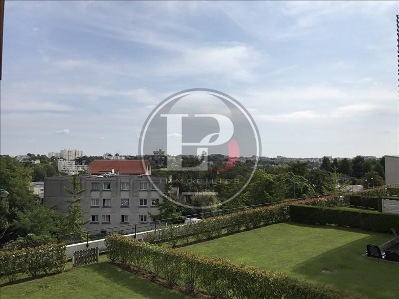 Rental apartment St germain en laye 910€ CC - Picture 1