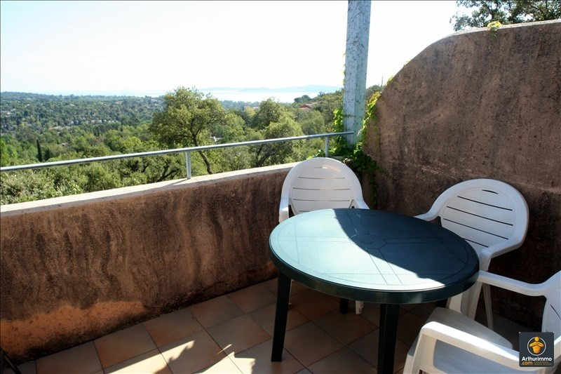 Sale apartment Grimaud 140 000€ - Picture 2