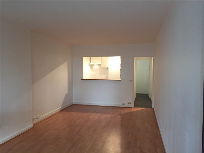 Location appartement Le chesnay 750€ CC - Photo 5