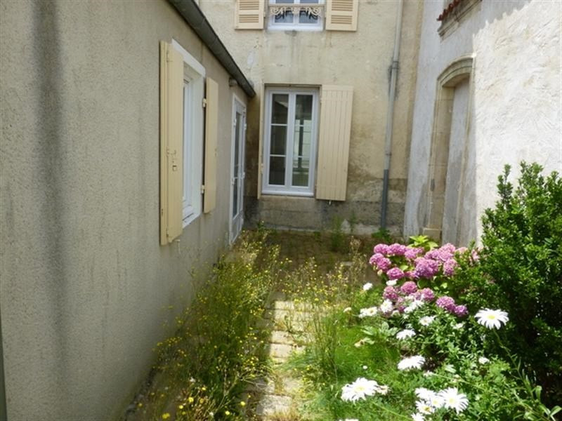 Sale building Saint-jean-d'angély 147 000€ - Picture 3