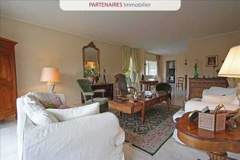 Vente de prestige appartement Rocquencourt 699 000€ - Photo 2