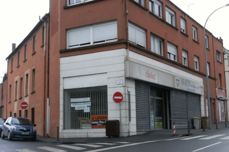 Location local commercial Cholet 2000€ HT/HC - Photo 2