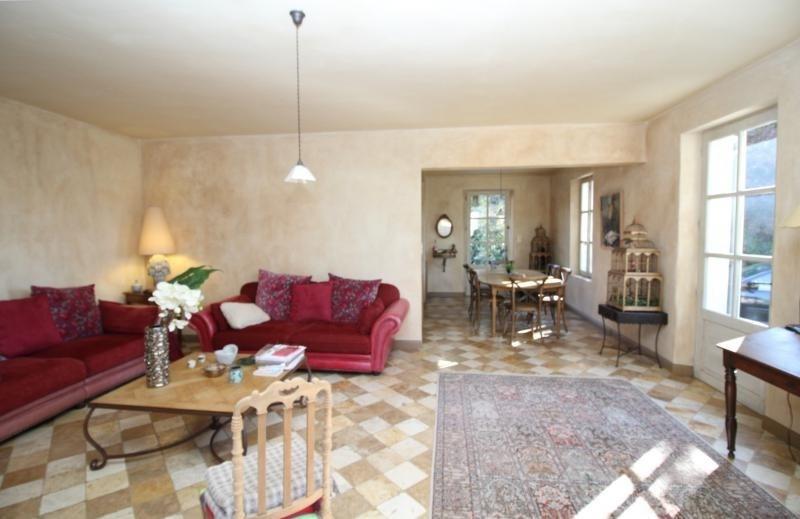 Deluxe sale house / villa Salon de provence 715000€ - Picture 2