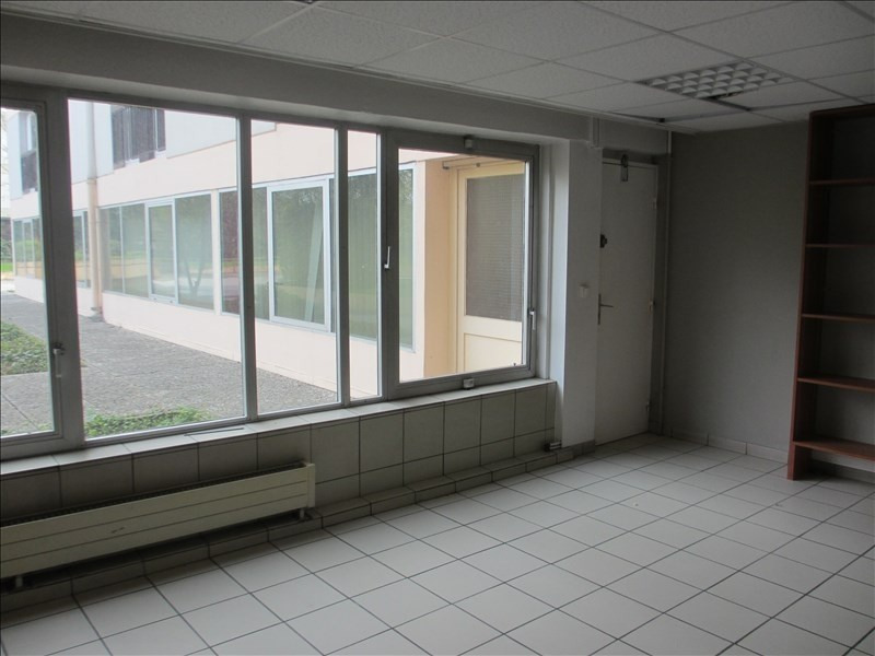 Sale office Cran gevrier 445 000€ - Picture 2