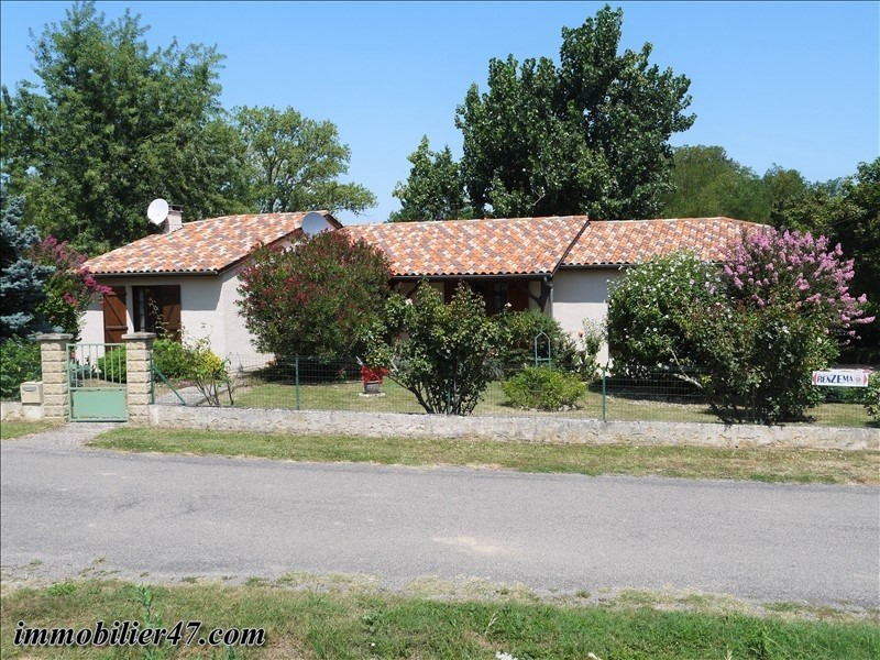 Sale house / villa Prayssas 160 000€ - Picture 1