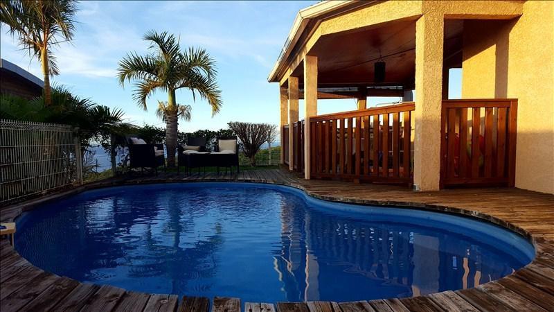 Rental house / villa La possession 1600€ CC - Picture 1