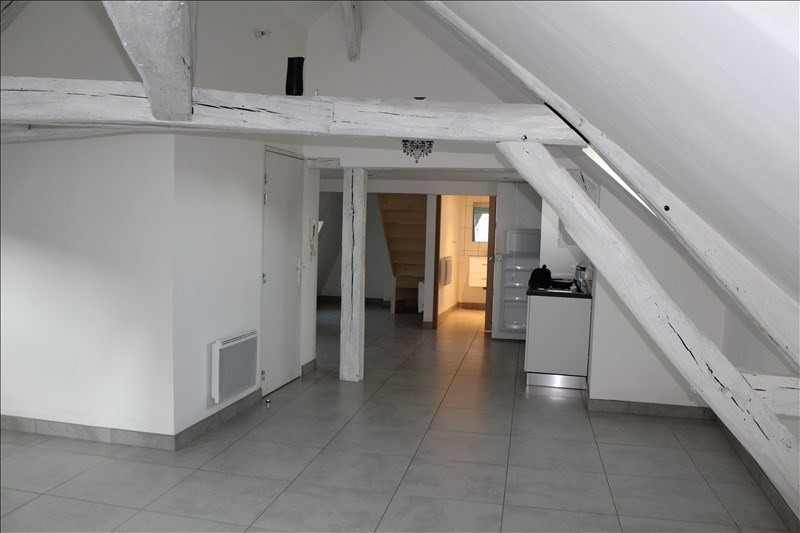 Rental apartment Auxerre 480€ +CH - Picture 1