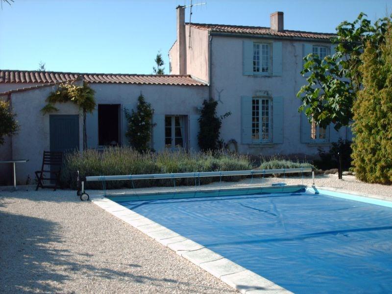 Vente maison / villa 12mn la rochelle 500000€ - Photo 1