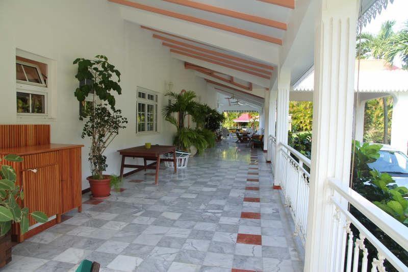 Venta de prestigio  casa St claude 980700€ - Fotografía 3