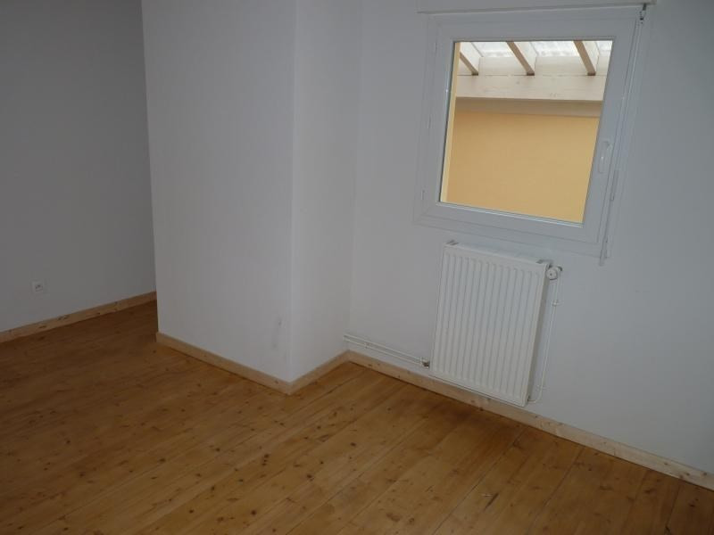 Rental apartment Nantua 545€ CC - Picture 5