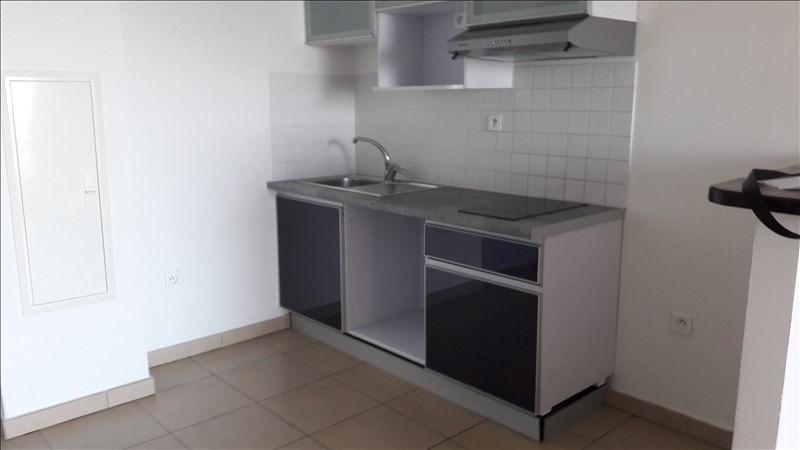 Sale apartment St denis 92000€ - Picture 2