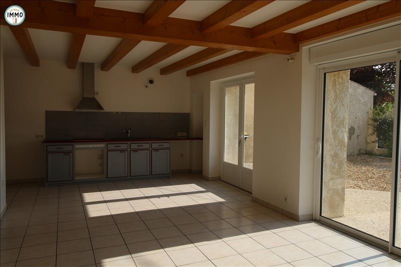 Location maison / villa Brie sous mortagne 650€ CC - Photo 3