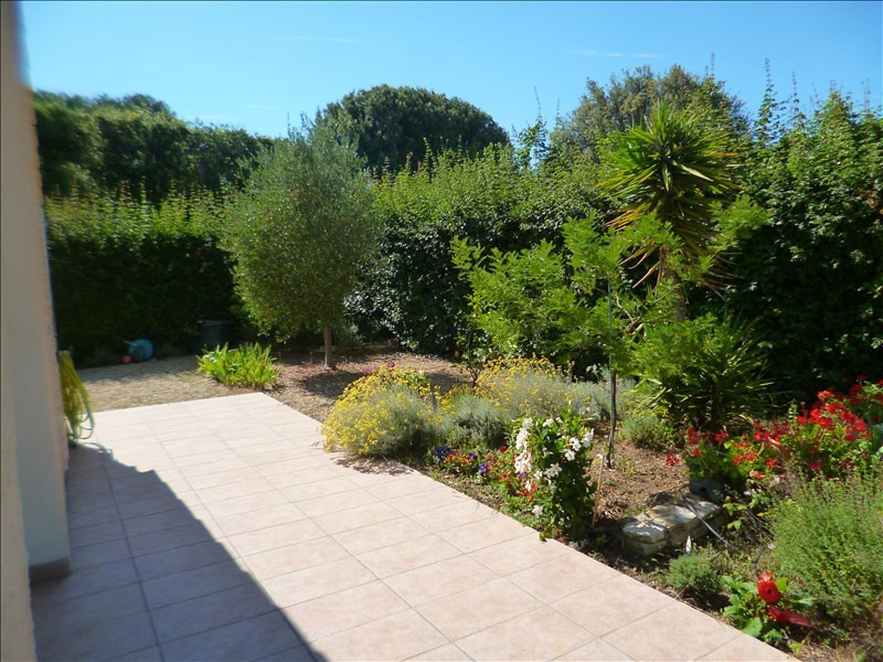 Sale house / villa Le brusc 475 000€ - Picture 2