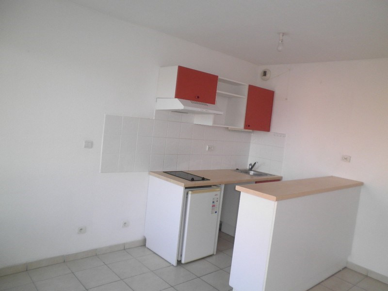 Rental apartment Villefontaine 544€ CC - Picture 1
