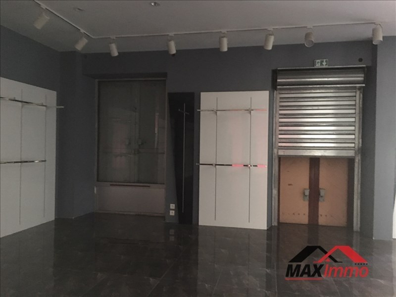 Location local commercial St louis 850€ HT/HC - Photo 4