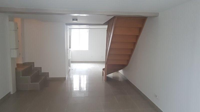 Rental apartment Paris 2ème 1299€ CC - Picture 1