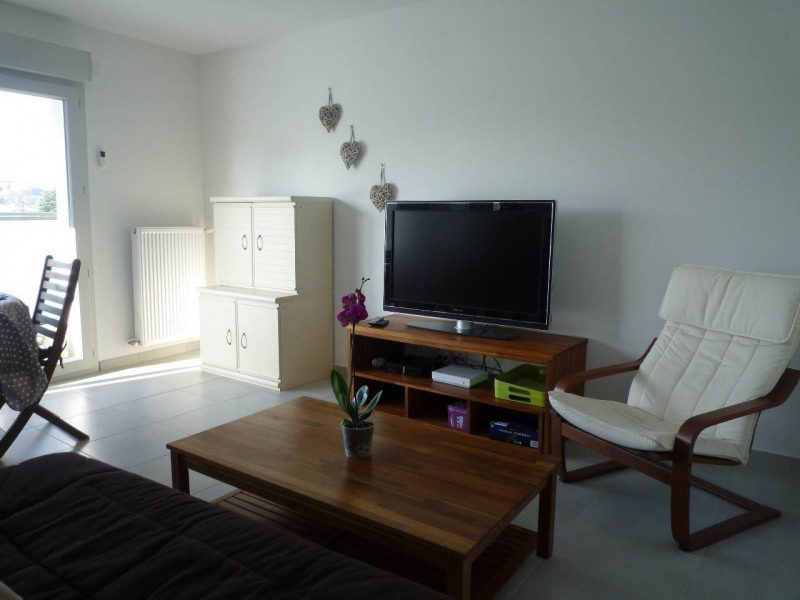 Location appartement Annecy 1077€ CC - Photo 1