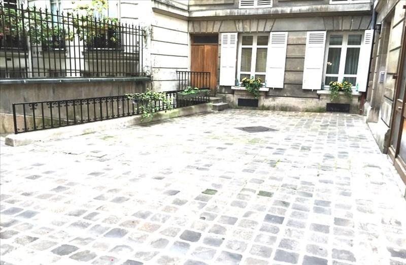 Sale apartment Paris 9ème 430000€ - Picture 2