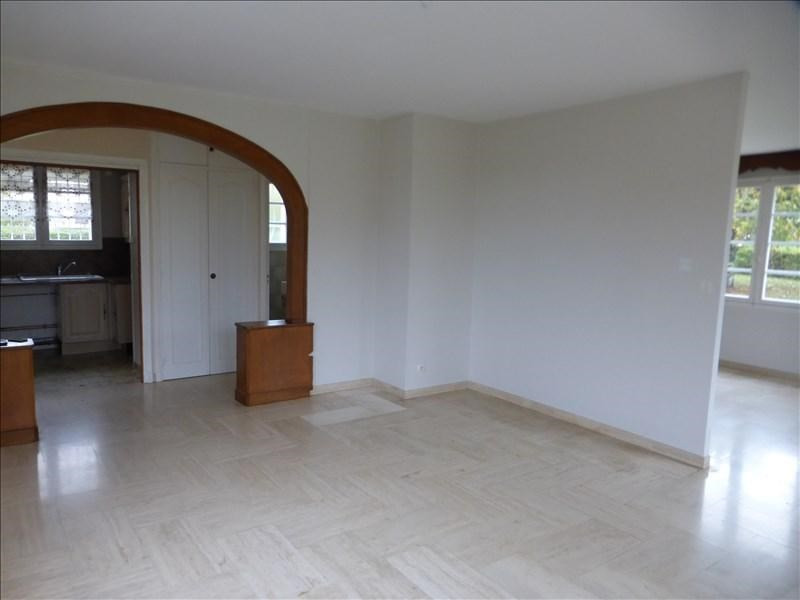 Location maison / villa Caussade 730€ CC - Photo 5