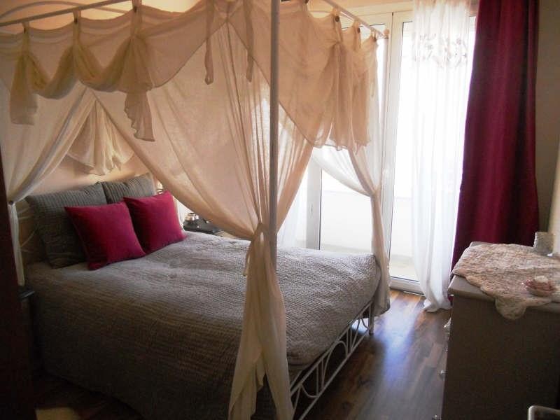 Sale apartment Royan 240000€ - Picture 6