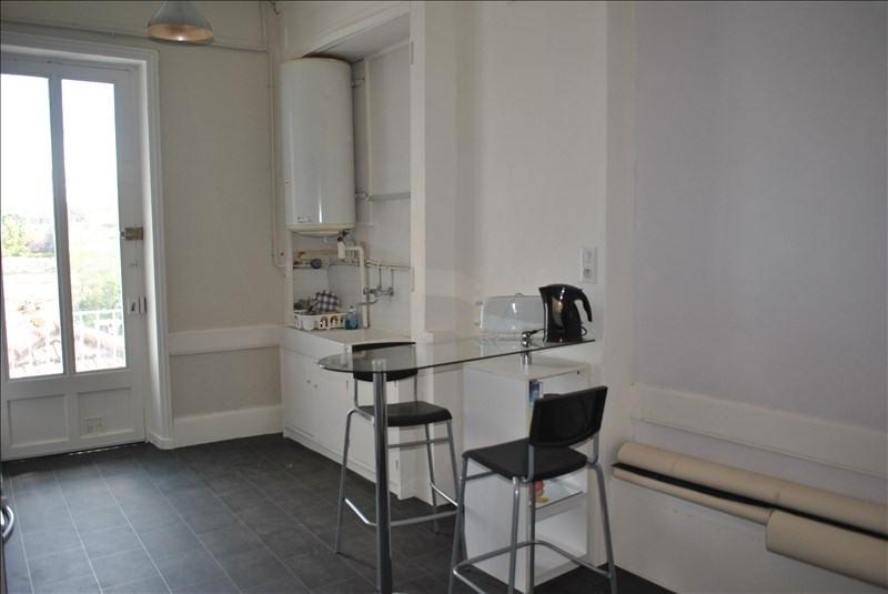 Rental apartment Roanne 330€ CC - Picture 1