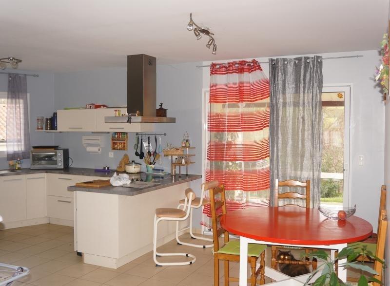Vente maison / villa L isle jourdain 262000€ - Photo 2