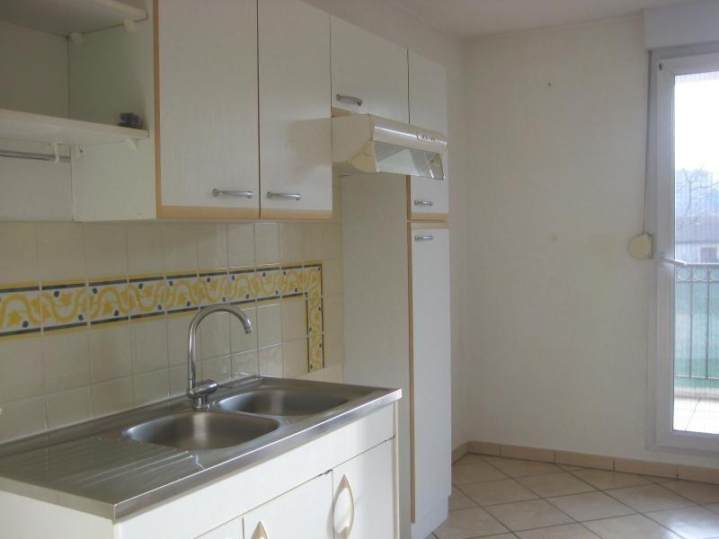 Location appartement Decines 642€cc - Photo 3