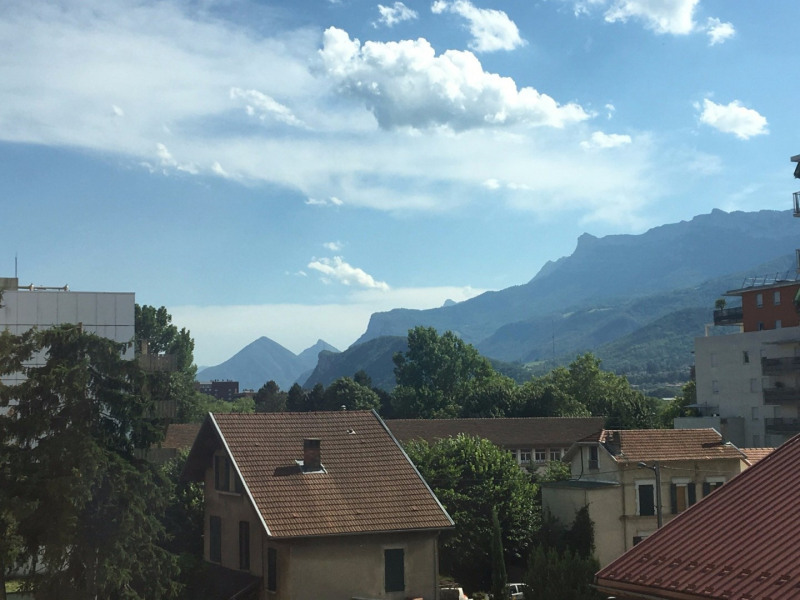 Rental apartment Grenoble 770€ CC - Picture 1