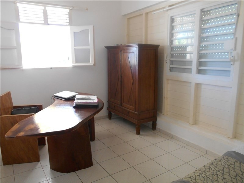 Investment property house / villa St francois 295 000€ - Picture 10