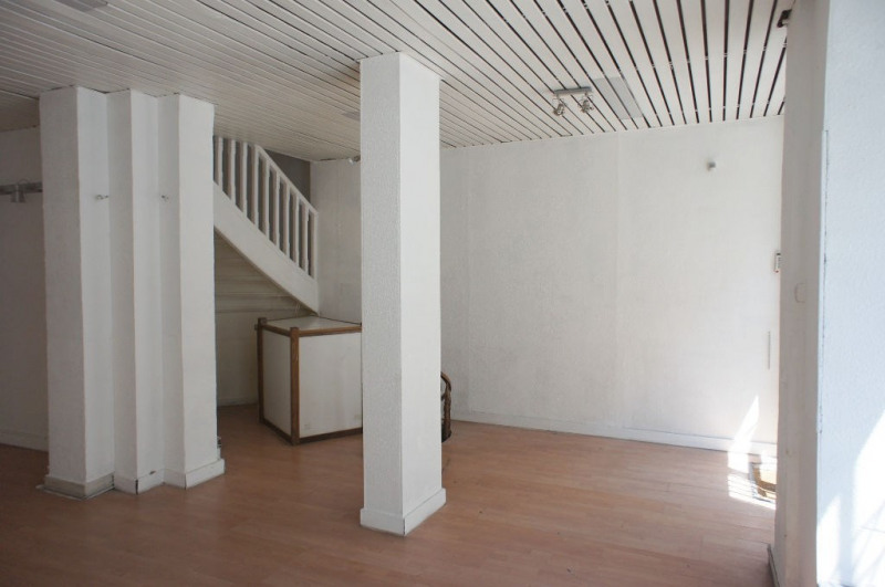 Location local commercial Paris 9ème 2 833€ HC - Photo 2