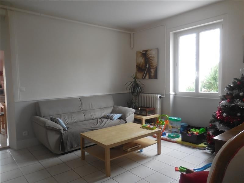 Location maison / villa La roche sur yon 627€ CC - Photo 2