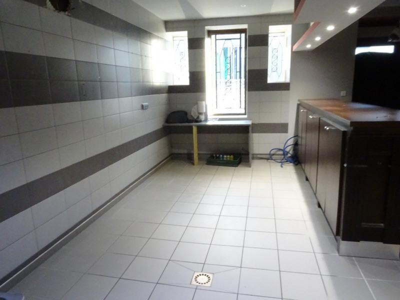 Sale house / villa Paillet 210000€ - Picture 4
