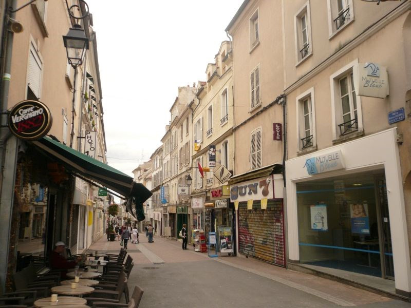 Commercial lease transfer empty room/storage Meaux 70000€ - Picture 1