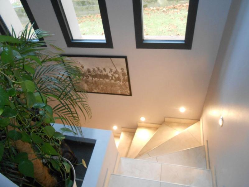 Sale house / villa Mondonville 389000€ - Picture 6