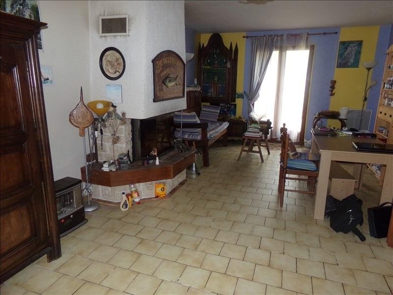 Sale house / villa Montereau fault yonne 162640€ - Picture 2