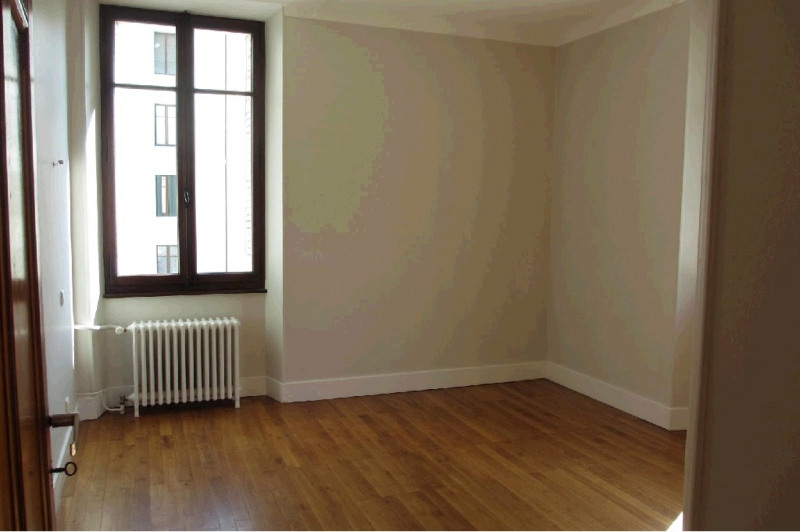 Rental apartment Annecy 1089€ CC - Picture 8