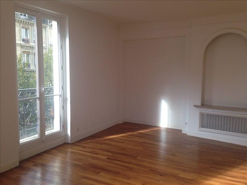 Alquiler  apartamento Paris 18ème 2303€ CC - Fotografía 3