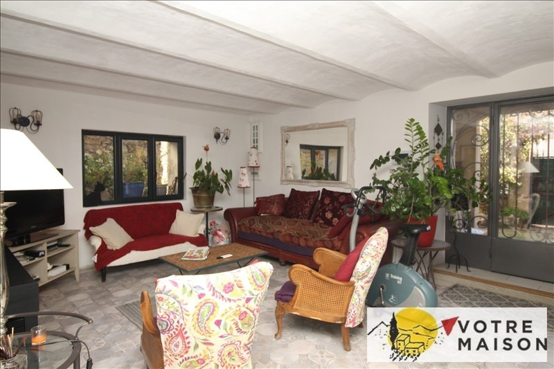 Sale house / villa Salon de provence 468 000€ - Picture 2