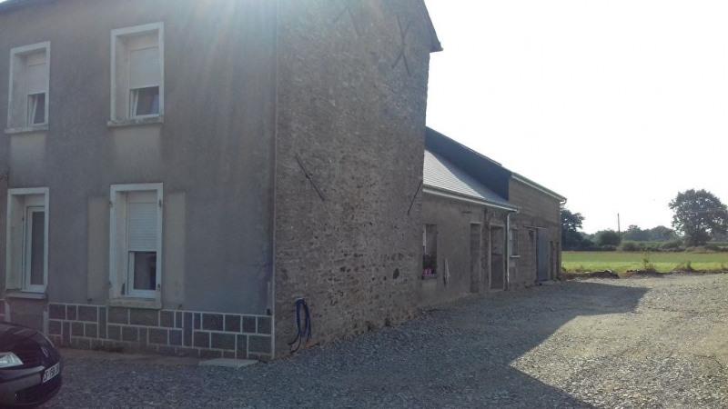 Rental house / villa Saint charles la foret 520€ CC - Picture 1