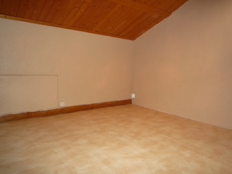 Rental apartment Le chambon sur lignon 385€ CC - Picture 3