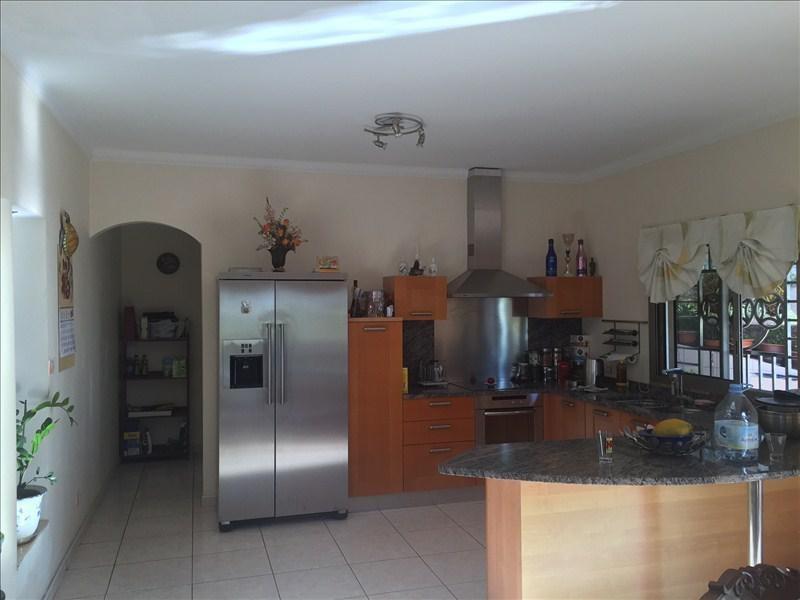 Deluxe sale house / villa St gilles les bains 729000€ - Picture 4