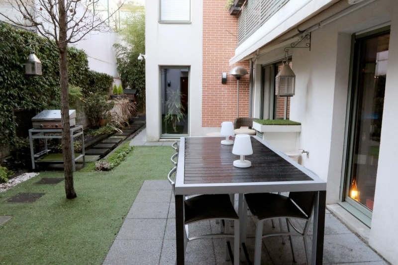 Vente de prestige appartement Paris 19ème 1780000€ - Photo 2