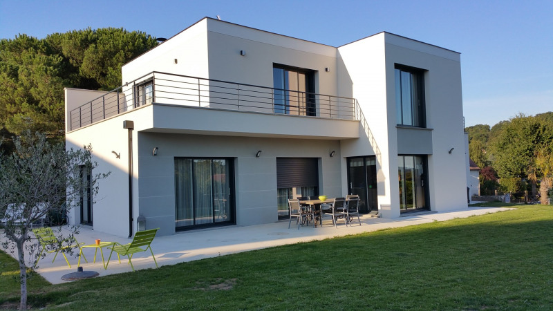 """Modèle de maison  """"Maison contemporaine de 7 pièces sur mesure"""" à partir de 7 pièces Yvelines par ARCHIVIM SUD ILE-DE-FRANCE"""