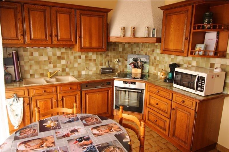 Sale apartment Bonneville 215000€ - Picture 2