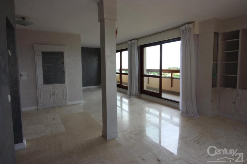 Revenda residencial de prestígio apartamento Deauville 966000€ - Fotografia 5